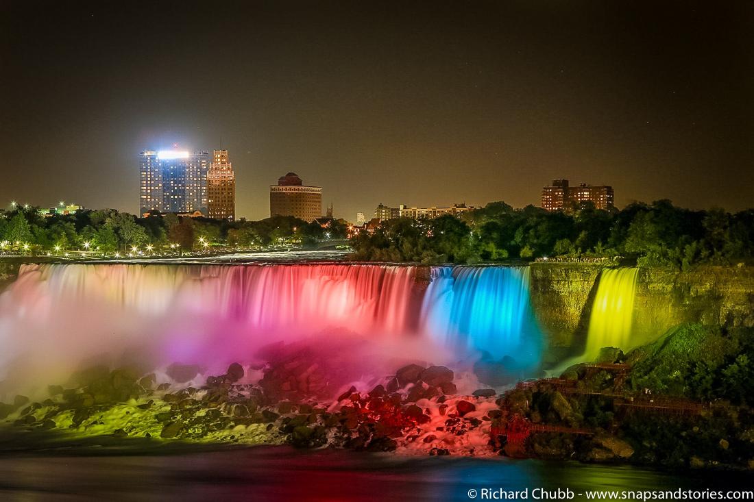 Weekly Photo Challenge H20 Niagara Falls Snaps Amp Stories